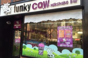funky cow outside - Chester